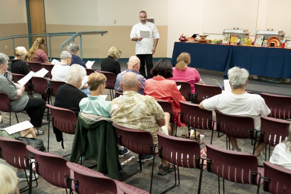Glendale library hosts seminars on dining, gardening, medications - Your Valley
